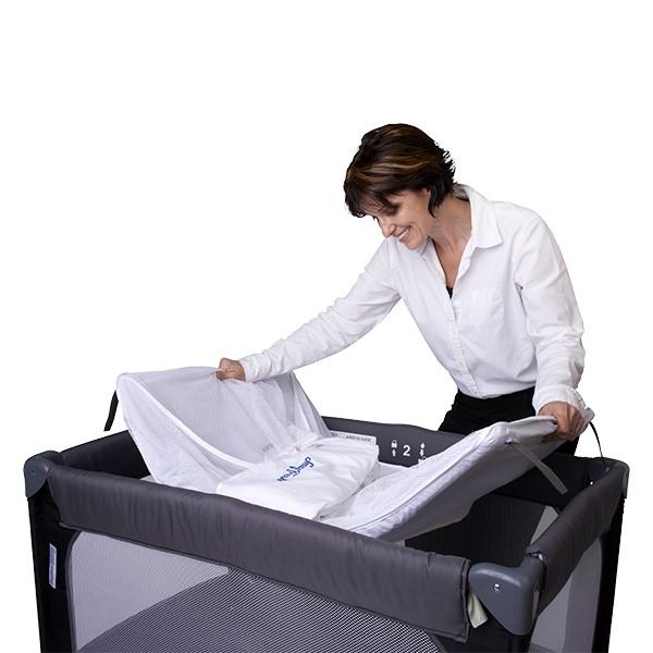 SnugFresh Celebrity Play Yard Safety Crib