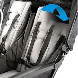 Quad Sport Stroller - Red - Reclining seat detail