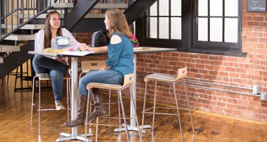 5 Ways to Transform Cafeterias and Food Courts