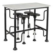 Café & Pedestal Tables
