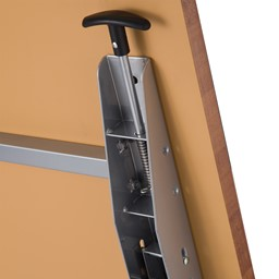 "Heavy-Duty Flipper Table (24"" W x 60"" L) - Release latch"
