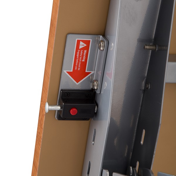 "Heavy-Duty Flipper Table (24"" W x 60"" L) - Safety latch"