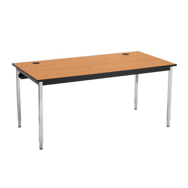 1500 Series Computer Table